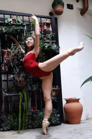 Body danza donna maniche lunghe inserto in pizzo