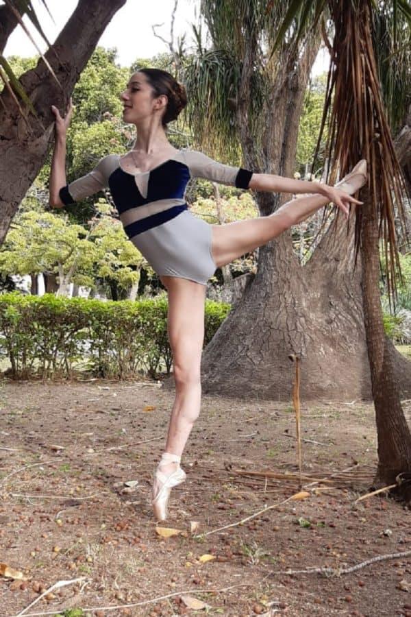 Body danza in rete e velluto